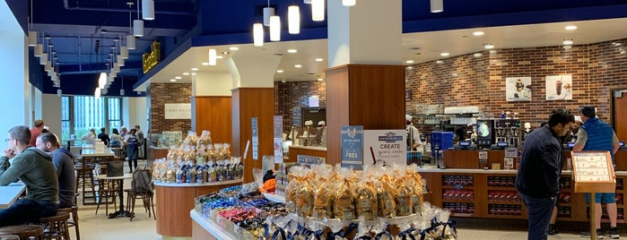 Ghirardelli Ice Cream And Chocolate Shop - Wrigley is one of Chicago.
