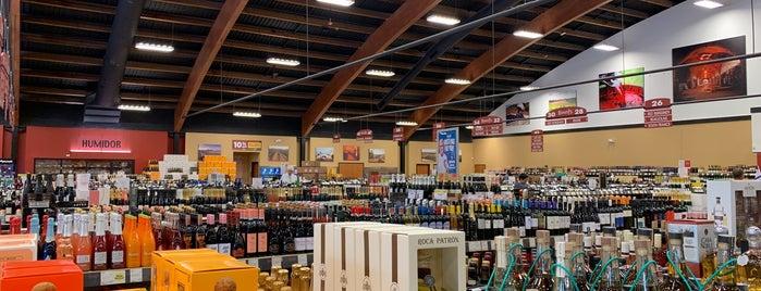 Binny's Beverage Depot is one of Tempat yang Disukai Chris.