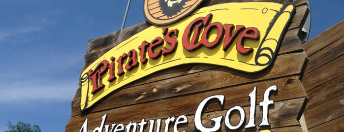 Pirate's Cove Adventure Golf is one of dsinskyさんのお気に入りスポット.