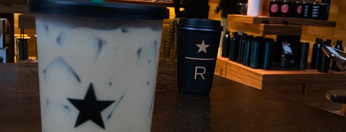 Starbucks Reserve is one of Nさんのお気に入りスポット.