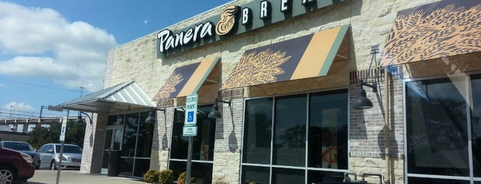 Panera Bread is one of Lunch spots.