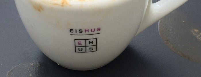 Kaffeehus is one of Lugares favoritos de Jil.