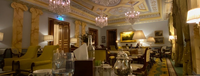 The Lanesborough is one of London.