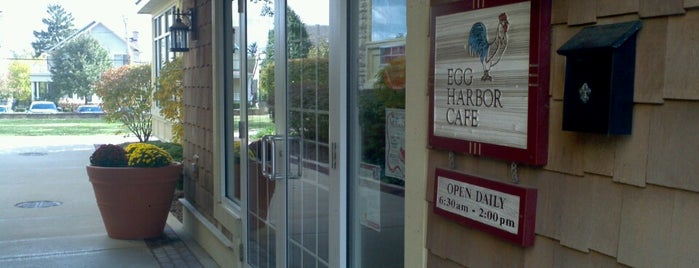 Egg Harbor Cafe is one of สถานที่ที่ Chrissi ถูกใจ.