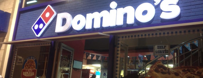 Domino's Pizza is one of Posti che sono piaciuti a Burak.