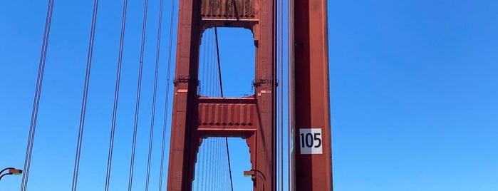 Golden Gate Bridge - Tower 1 is one of Orte, die Sandybelle gefallen.