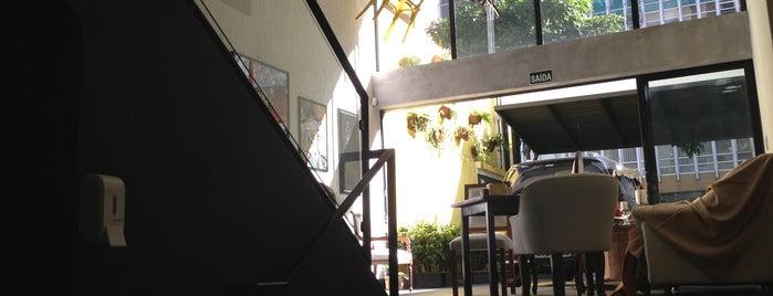 Studio Decor Café is one of Bares e restaurantes em São Paulo.