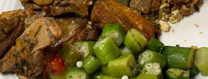 Delicias De Minas Restaurante is one of Tempat yang Disimpan Sean.