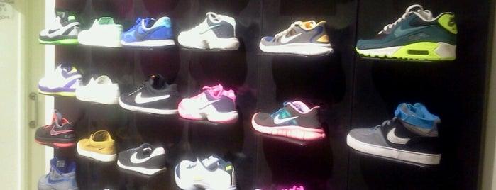 Nike Shop is one of Nicolás : понравившиеся места.