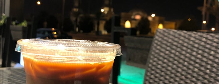 11:11 Wish Cafè is one of Lugares guardados de Queen.