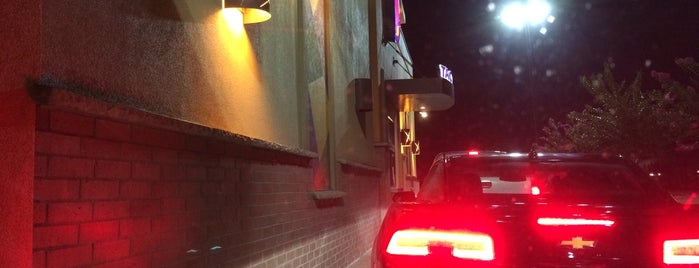 Taco Bell is one of Lieux qui ont plu à Stan.