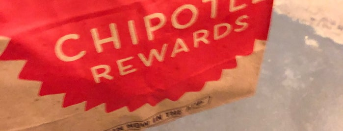 Chipotle Mexican Grill is one of สถานที่ที่ Chika ถูกใจ.
