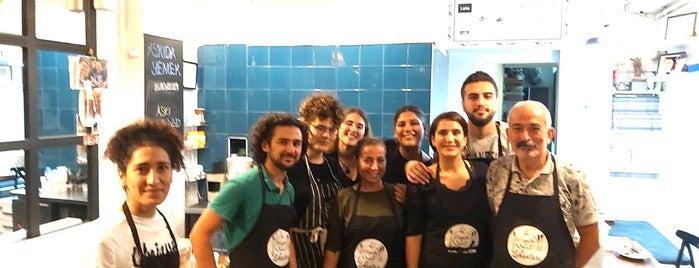 Hayata Sarıl Lokantası is one of ISTANBUL EUROPE TO GO.