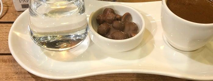 Hisar Pastane & Cafe is one of Balıkesir; Kafe.