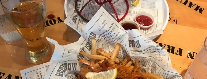 Bubba Gump Shrimp Co. is one of Lugares favoritos de Marcella.