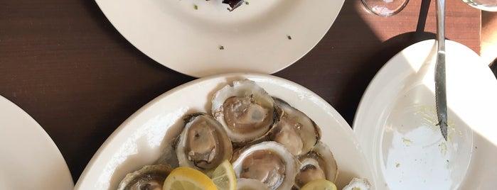 El Ancla Restaurant is one of Lugares favoritos de Marcella.