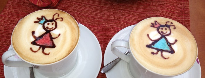 KENZO Cafe is one of Posti che sono piaciuti a Dmitri.