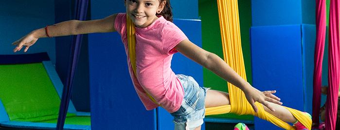 Hobby Jump is one of Diversión y Niños.