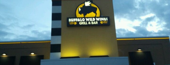 Buffalo Wild Wings is one of Jillianさんの保存済みスポット.