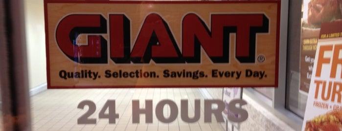 Giant is one of Tempat yang Disukai K..