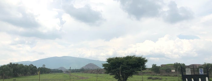 Templo de la Serpiente Emplumada is one of Posti che sono piaciuti a Liliana.