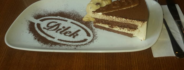 Dilek Pasta & Cafe is one of İstanbul Cafe.