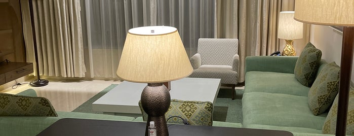 Assila Hotel is one of Tempat yang Disukai Soly.