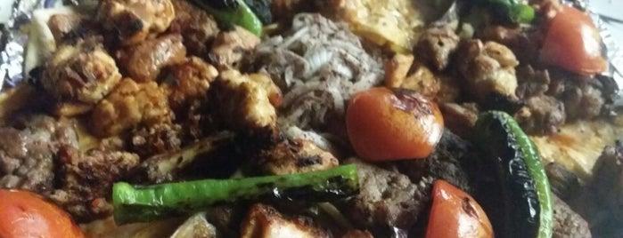 Payidar Restaurant is one of Tempat yang Disukai .....