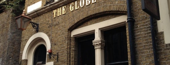 The Globe Tavern is one of Locais curtidos por Emilie.