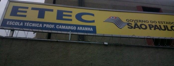 ETEC Professor Camargo Aranha is one of Locais curtidos por Naldina.