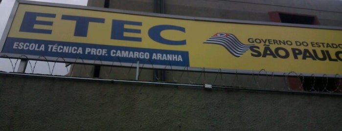 ETEC Professor Camargo Aranha is one of Lieux qui ont plu à Naldina.