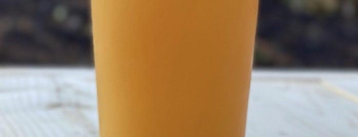 Definitive Brewing Company is one of Tempat yang Disukai Rachel.