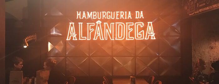 Hamburgueria da Alfândega is one of Tempat yang Disukai Daniel.