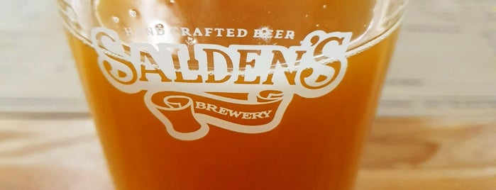 Salden's Taphouse is one of Artemさんのお気に入りスポット.