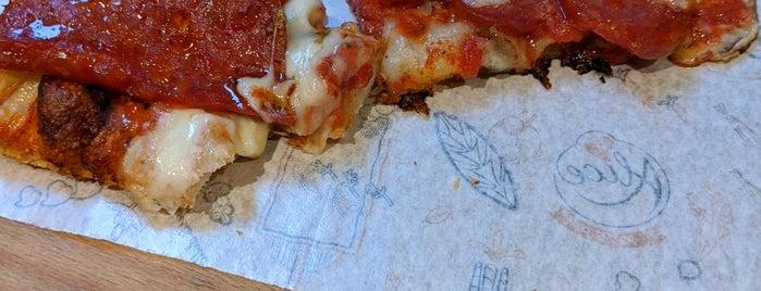 Alice Pizza is one of Locais curtidos por Stan.