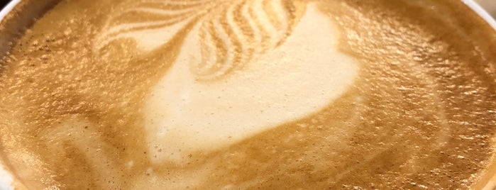 Hochland Kaffee Bar is one of Lugares favoritos de Uwe.