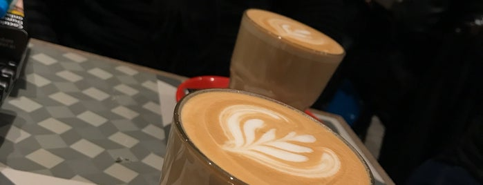 Coffeetopia is one of 'Özlemさんのお気に入りスポット.