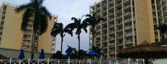Sunset Beach Resort & Spa is one of Tempat yang Disukai Amaya.