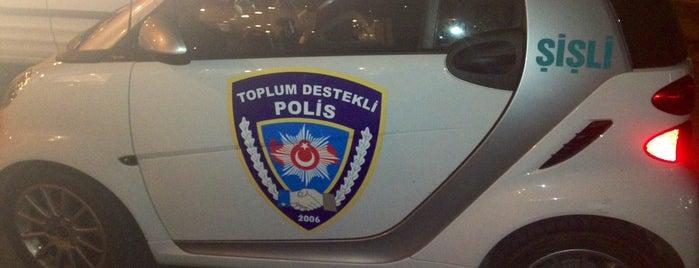 Şişli Emniyet Müdürlüğü is one of SÜRÜCÜ KURSU http://www.ozsagyildirim.com/.