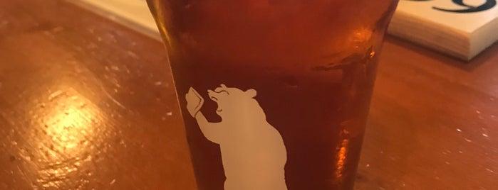 105 West Brewery is one of Orte, die Julie gefallen.
