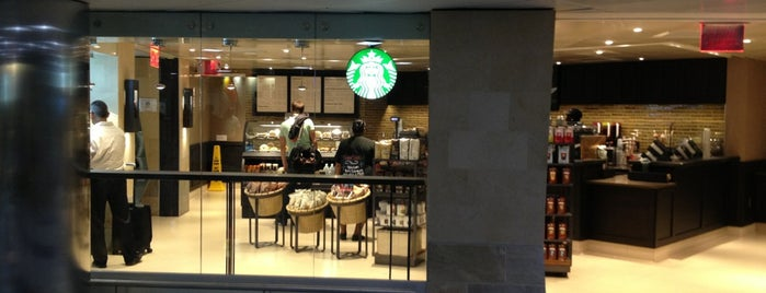 Starbucks is one of Marcia 님이 좋아한 장소.