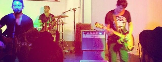 ELAM - Escola Livre de Aprendizagem Musical is one of Quem tá no rock....