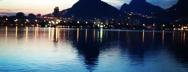 Lagoa Rodrigo de Freitas is one of Vilmaさんのお気に入りスポット.
