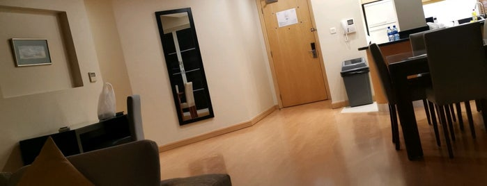 Somerset Al Fateh Apartments Manama is one of Lugares favoritos de Kaushikkumar.