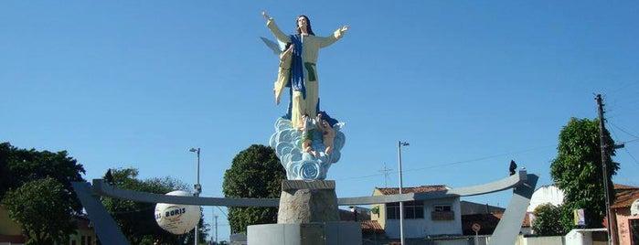 Santuário Nossa Sra da Assunção is one of Arquidiocese de Fortaleza'nın Kaydettiği Mekanlar.