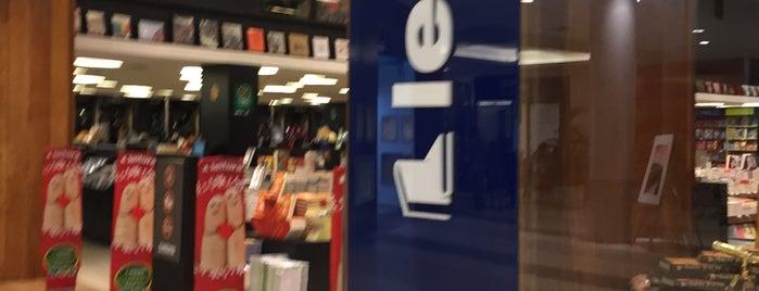 Livraria Leitura is one of Tempat yang Disukai Bruno.