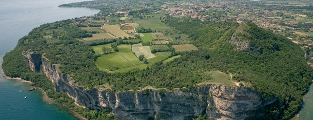 Rocca di Manerba is one of Italie: Lombardie et lacs.