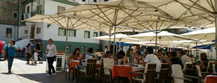 Restaurante Los Arcos is one of Lieux qui ont plu à Cobra.