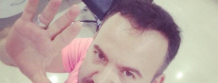 Rıfat A plus Hair Designer is one of Orte, die Chemist gefallen.