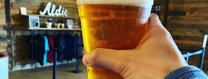 Quattro Goomba's Brewery is one of Posti salvati di Rachel.